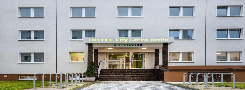 hotel city green berlin. Black Bedroom Furniture Sets. Home Design Ideas